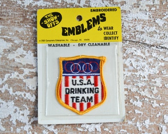 Vintage Patch USA Drinking Team Funny Drunk Beer Flag Patch Badge Retro