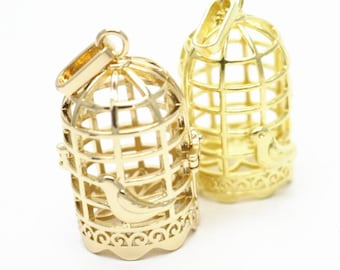 2 pcs of brass bird out of cage open design 33x23mm-raw brass