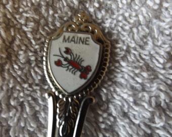 Vintage Souvenir Collector Spoon  Maine w Lobster  SP-132