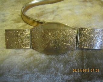 Beautiful Vintage Stretch Belt Embossed Buckle Brass Look Vintage Belt
