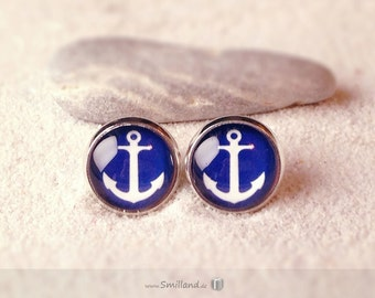 Studs anchor blue and white