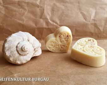 Organic solid body butter - massage bar