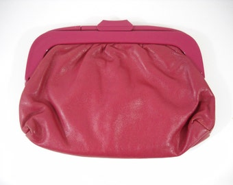 Vintage Leather Hot Pink Clutch w/ Plastic Clasp