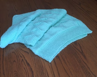 Knit Baby Blanket - blue diamonds
