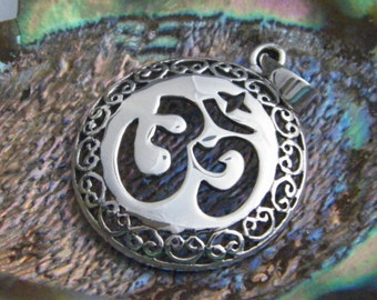 Handcrafted 925 Oxidized Sterling Silver Pendant OM AUM Symbol Hindu New Age