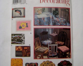Simplicity 9072 Sewing Pattern Kitchen Chair Cushion Table Place Mats Home Decor UNCUT
