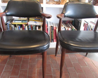 Mid Century Modern Mad Men Paoli Chair Company Chairs 1966 Set of 2