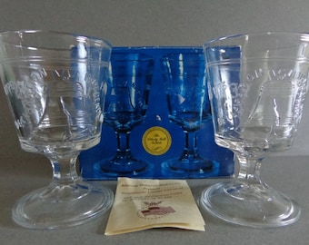 Vintage Liberty Bell 2 Goblets 200th Year Commemorative Bicentennial USA Collector Historical Glassware 1776 1976 Come in Box