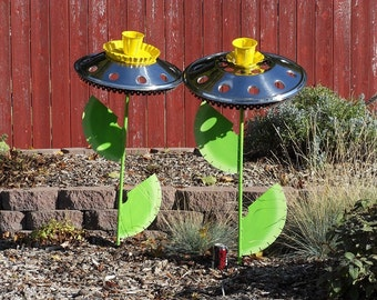 HUGE Semi-truck Hubcap Daffodil welded garden art.