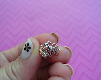 Rose  gold flower ear cuff