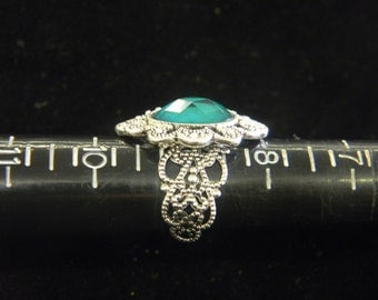 Sterling Silver & Green Faceted Stone Adjustable sz 6-7-8  # 7074