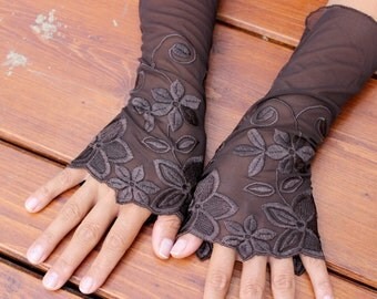 Brown lace gloves, Brown gloves, Brown Embroidered Gloves, Brown Gothic bracelet, Retro gloves, Women's accessories, Brown Arm Warmers