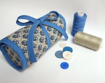 Blue-beige French General fabric sewing pouch with felted needle book / Organizing and traveling with your sewing accessories