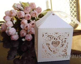 50x Ivory Love-heart Bomboniere Favour Boxes - Wedding & Party Gift Box - Chocolate Candy Cookie Box