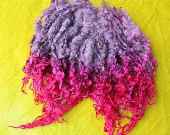 Wensleydalelocken, hand-colored, grey-violet, red, pink