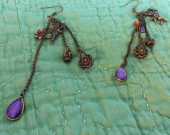 Vintage 4 STRANDED DANGLY Pierced EARRINGS; Mint Condition