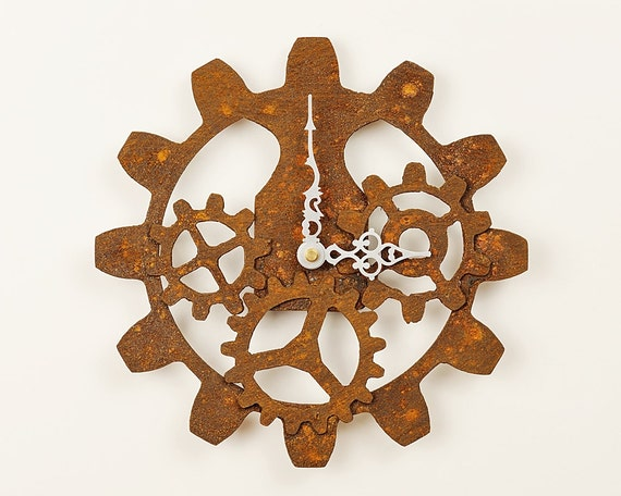 Rusted gears wall clock steampunk industrial for Steampunk wall clocks for sale