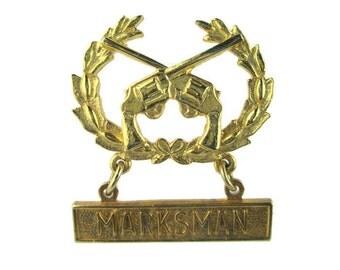 Vintage Novelty MARKSMAN Medal - Crossed Guns and Laurels Gold Tone Pin Brooch