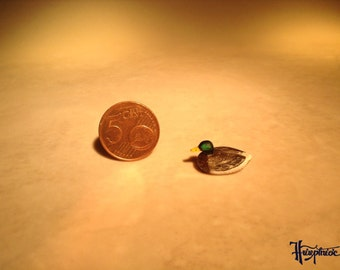 Miniature Duck made of wood  (no. A 20)