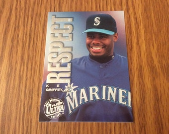 "Ken Griffey jr. ""Respect"" (gold medallion) Insert Card"