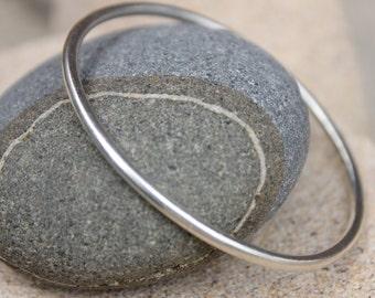 sterling silver bangle / bracelet round