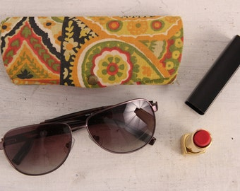 Valentine gifts for her - Vintage 1960s yellow case for eyeglasses canvas