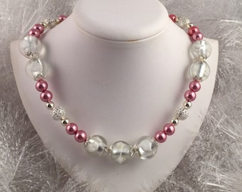 Beautiful glass beaded necklace; Bright Pink and Silver