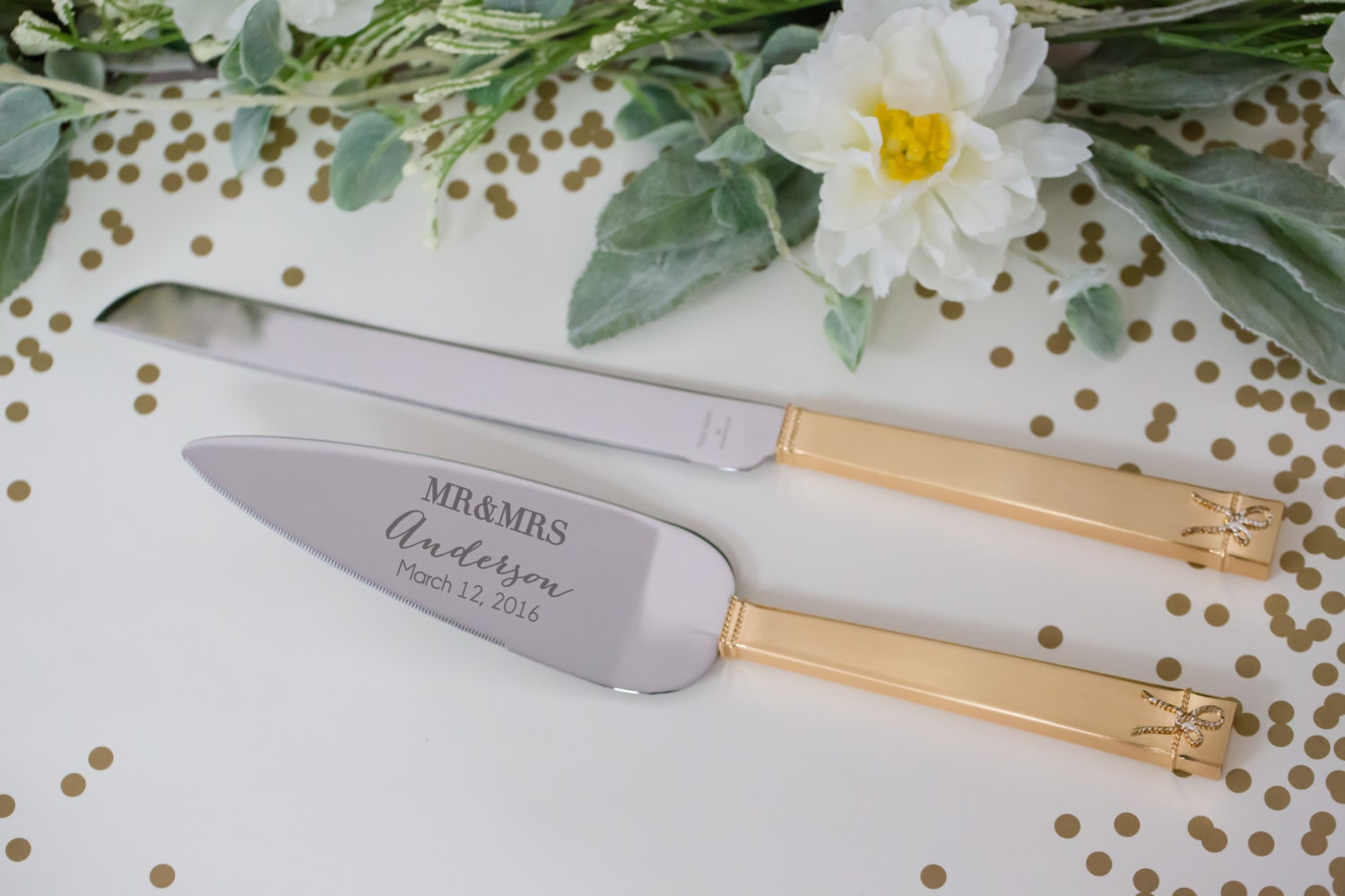personalized vera wang love knots gold wedding cake serving set Wedding Cake Knife and Server Set 2 PC zoom