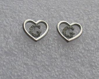 Retro Heart Shaped Rhinestone Initial G Pierced Earrings