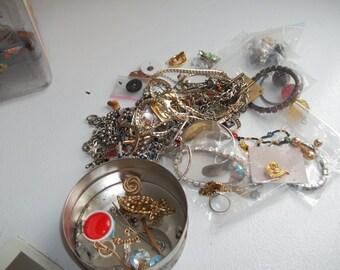 mixed lot of broken jewelry
