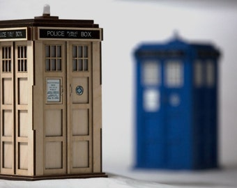 Police Public Call Box - Model and Electronics Kit