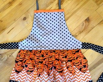 Child's Halloween Apron, Pumpkin Apron, Matching Mommy and Me Apron