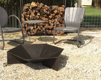"Modern Steel Origami Fire Pit 36"""