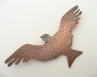 Red Kite brooch in copper.