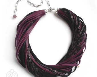 Leather necklace burgundy