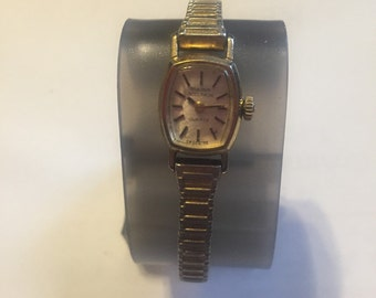 Vintage Ladies Bulova Accutron Watch