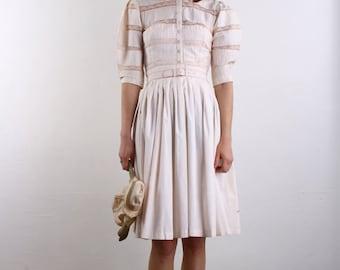 1940s Lace Dress . Vintage Pink Cotton Shirtwaist Sundress
