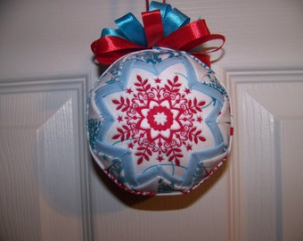 Christmas Quilted Ornament/ Snowflake