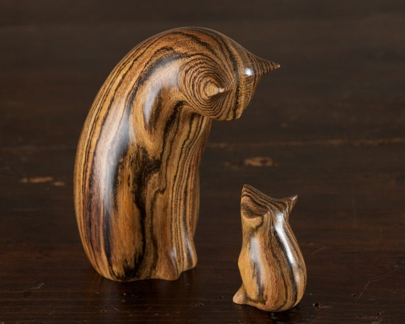 Wooden Cat & Mouse Sculpture Figurine Ornament, Carved from Mexican Rosewood by Perry Lancaster, Bocote Wood, Original and Authentic