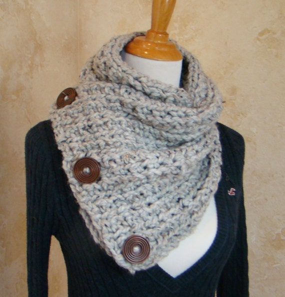 Free Crochet Pattern For Dallas Dream Scarf : Items similar to Boston Habor Style Scarf, 3 Button scarf ...