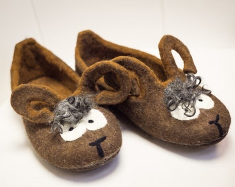 """Felted slippers """"Funny Mouse"""", felted shoes, Eco friendly, handmade shoes, shoes for house, gift for her"""