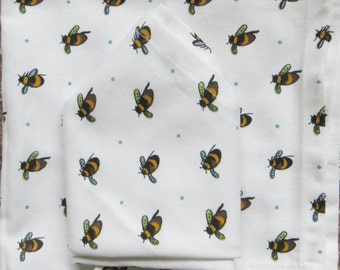 Buzzy Bee napkin set - FREE POSTAGE