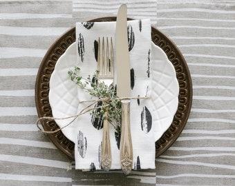 Linen Napkins, Screen Printed Napkins, Fabric Napkin Set, Minimal Design, Scandinavian Modern Kitchen Decor, Hostess Gift, Housewarming Gift
