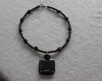 Free Shipping Black Onyx and Black Wood beads necklace.