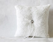 RiNG PILLOW - PARIS Collection - WHITE with White Lace Overlay