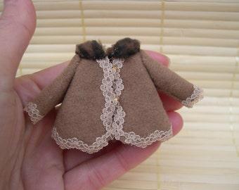 Dollhouse - thumbnails - coat for girls