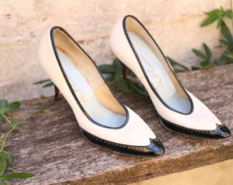 Vintage 1950's Black and White Heels