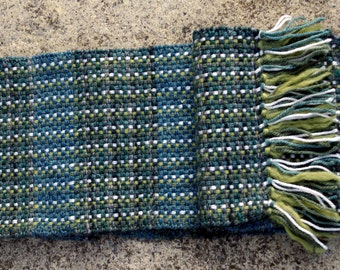 Green Basket Weave Scarf