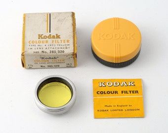 Kodak (KC) Yellow Filter in Lens Attachment Size 285 / 320 28.5mm Type No. 4 with Keeper - Boxed