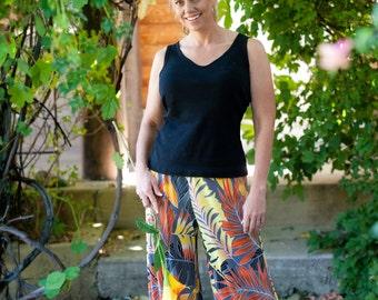 PALAZZO PANTS, Tropical Print, Party Pants, Knit fabric   Size Small